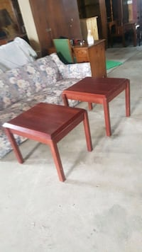 Pair of end tables  Brampton, L6X