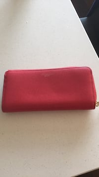 Red leather wallet by Coach Toronto, M3J