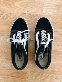 Like new black classic vans Los Angeles, 90063