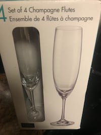 set of 4 champagne flutes box ARLINGTON