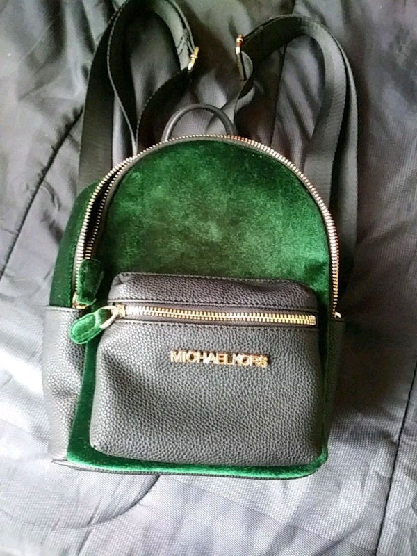 0be3b253e334 Used Michael Kors Back Pack for sale in Beaumont - letgo