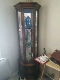 Display cabinet. In great shape Calgary, T3G 1H2