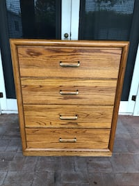 Solid Oak 4-Drawer Dresser - Delivery Available Phoenix, 85020