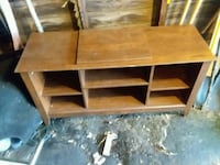 brown wooden TV stand Mansfield, 44907