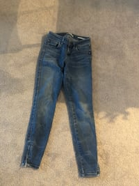 Guess jeans  Toronto, M4C 5A8