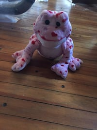 pink and white heart print frog plush toy Langley, V1M 0B6