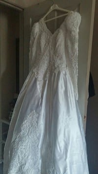 Wedding dress Guelph, N1G
