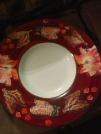 white and red floral ceramic plate Palm Bay, 32909