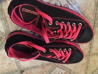 Low top pink and black converse  Montgomery, 36116
