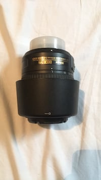 Nikon 55-200mm lens with lens hood Oakville, L6H 6S8