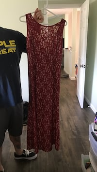 Maroon lace floral scoop neck sleeveless maxi dress Riverside, 92506