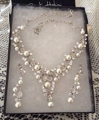 Silver Tone Crystal Paved Teardrop With  Pearl Necklace & Earrings Set Brampton, L7A 3M5