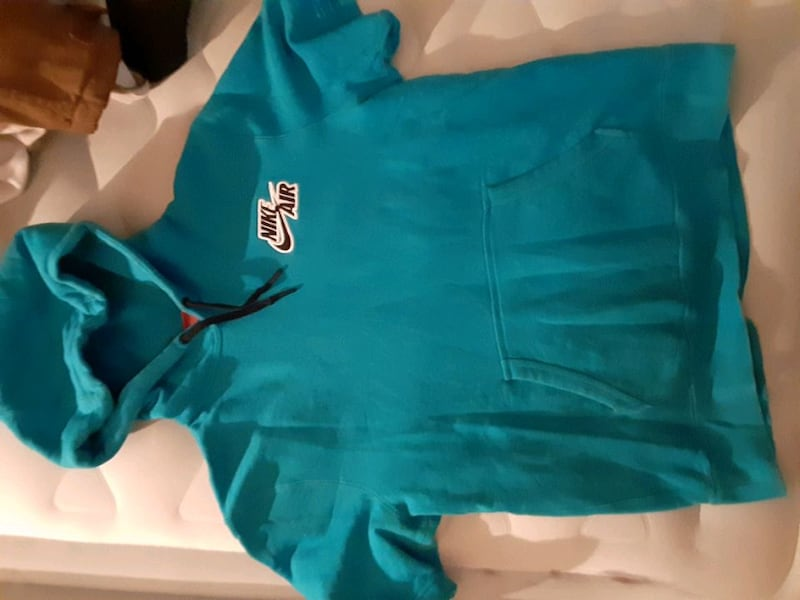 I have a lot of clothes for sale, RL polo shirts, shoes,hoodies,pants 64f4f05a-b4ac-4f54-9881-258e026380d3