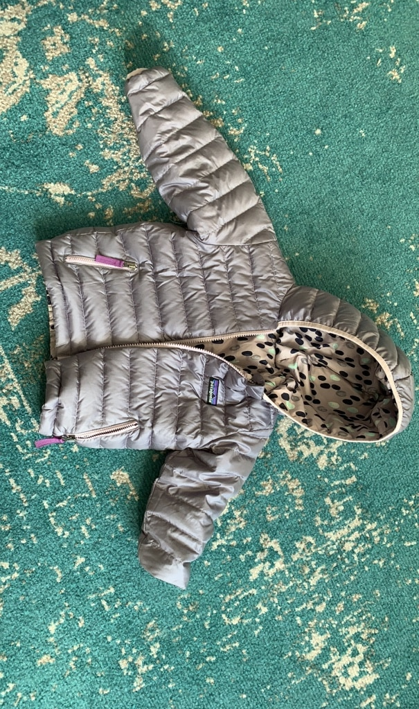 Photo Patagonia reversible toddler girls jacket size 2