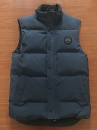 Men's extra small navy black label Canada Goose Freestyle Vest