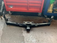 Chevy equinox tow hitch w/ harness and bots Fredericksburg, 22401