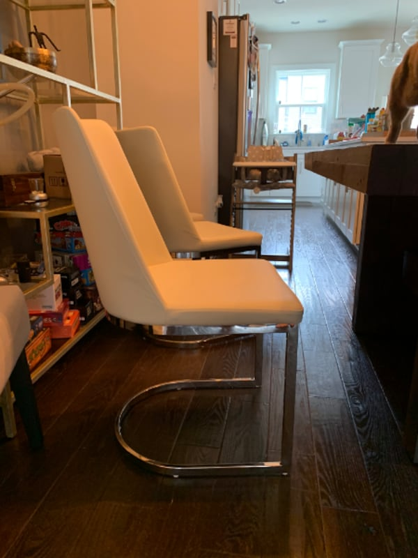 Dining Chairs $25 each 1