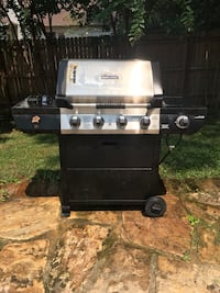 Brinkmann gas grill with new cover  Franklin, 37064