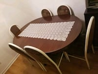 Dining table with 6 chairs  Montréal, H3N 2G7