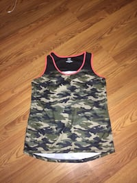green and black Camouflage print tank top