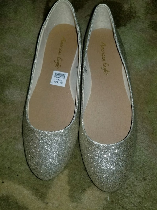 Gold glitter slip on flat shoes 1