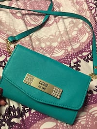 Guess Cross Body Purse Naperville, 60540