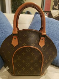 Authentic Louis Vuitton elipse pm