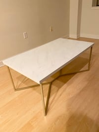 Faux Marble Coffee Table Baltimore, 21201