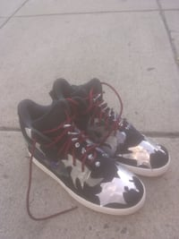 Brand new air nikes costum made WASHINGTON