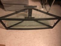 Glass top entertainment center tv stand  Vancouver, 98685