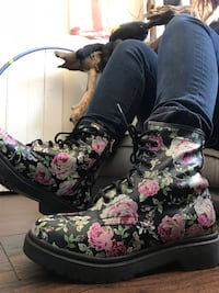 floral doc style boots Saugerties, 12477