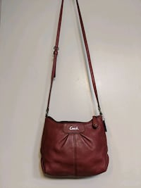 Coach crossbody clutch Arlington, 22204