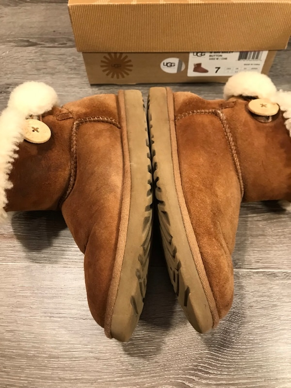 be4602f98 Used and new fur boot in Baltimore - letgo