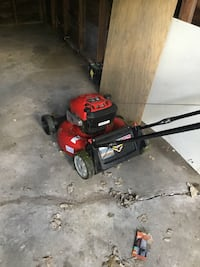 red and black push mower Detroit, 48227