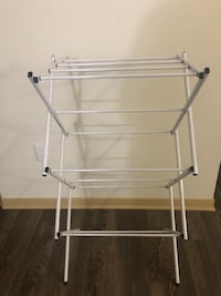 Compact clothes drying rack