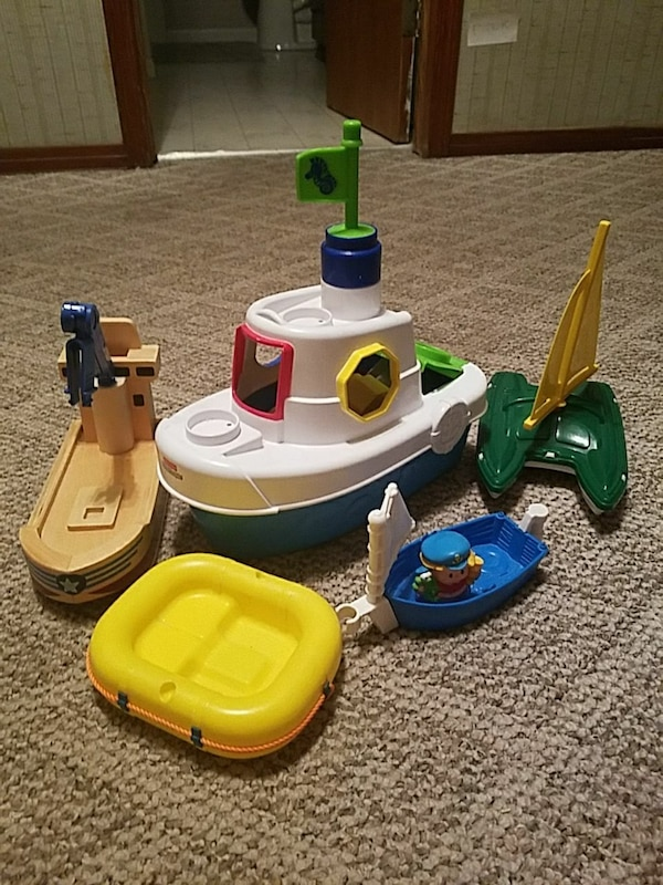 Lot of toy boats