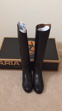 Ariat Hunter Dress Boot Charles Town, 25414