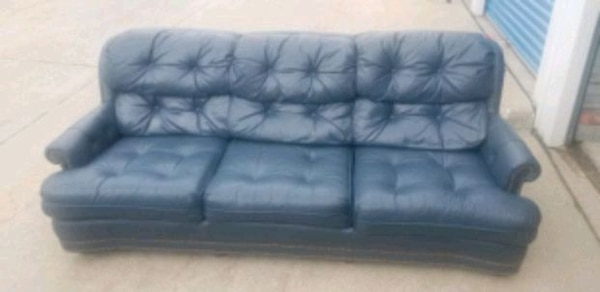 Used Navy blue leather couch for sale in Omaha - letgo