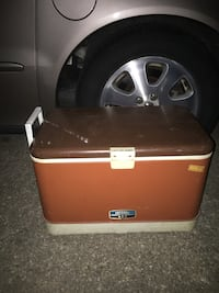 Nice large cooler only 20 FIRM FIRM  Glen Burnie, 21061
