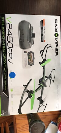 Sky Viper v2450 FPV streaming drone with headset! Sterling, 20165