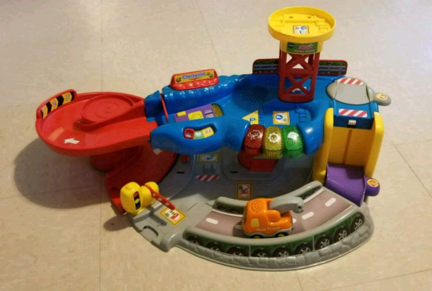 V Tech Garage : Used vtech garage playset for sale in baldwin letgo