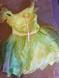 Girls Halloween costume tinkerbell Rockford, 61108