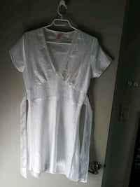 Nwot size small negligee coverup Prince George, V2M 2Z8