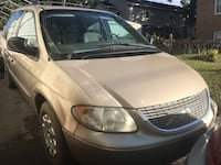 Chrysler - Town and Country - 2001 32 mi