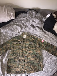 brown and green camo jacket and pants  Newmarket, L3Y 8L5