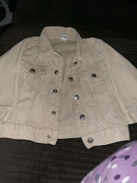 kids jacket size 2t never got a chance to ware it. Windsor, N8Y 3S1