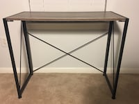 Like new folding office desk! 28 km