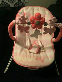 baby's pink and white bouncer Houma, 70364