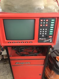 red and black Snap-on monitor