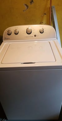 Whirlpool white top loader excellent condition Woonsocket, 02895